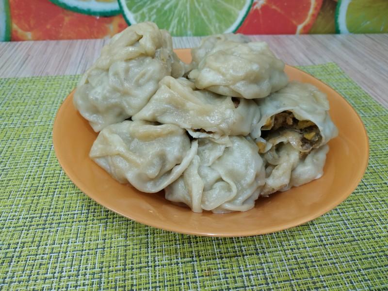 Манты по-узбекски с тыквой и мясом