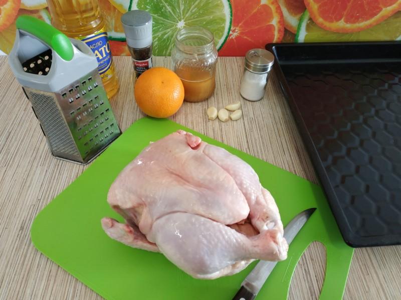 Ингредиенты для приготовления курицы в духовке под хрустящей корочкой